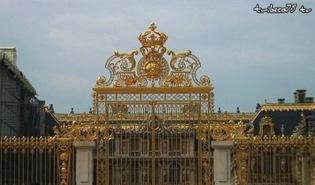 Les portes du château s'ouvrent à Takashi Murakami…